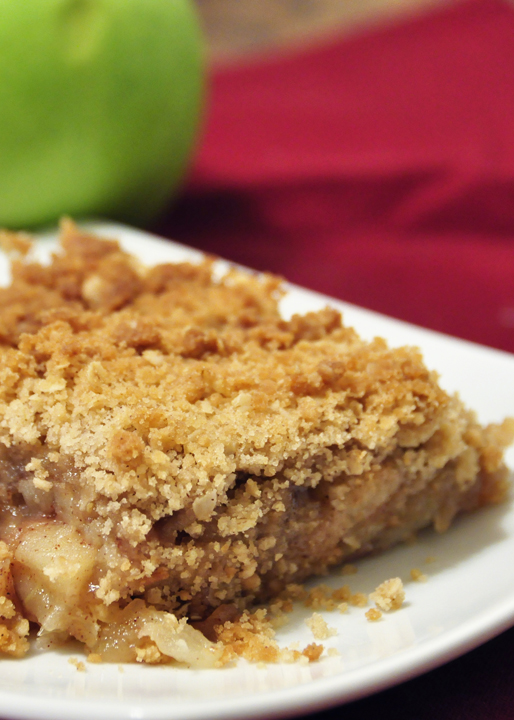 Easy delicious apple crisp recipe with a crunchy, buttery brown sugar and oatmeal topping. This is a great holiday dessert!
