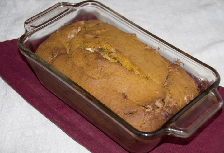 This delicious white chocolate pumpkin bread recipe is a treat that is warm and comforting on chilly evenings. Pumpkin gives it great seasonal appeal, and the white chocolate makes it extra moist.
