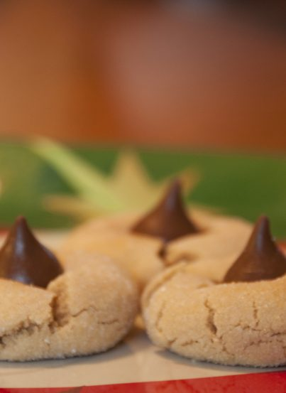 Hershey's Peanut Butter Blossom Cookies