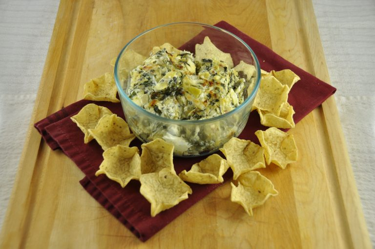baked spinach artichoke dip cheesy baked spinach artichoke dip 11890