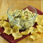 Cheesy Baked Spinach Artichoke Dip