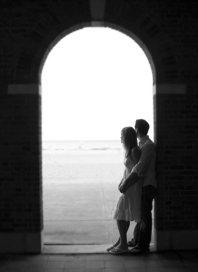 Engagement Pictures are Charlotte Beach, New York