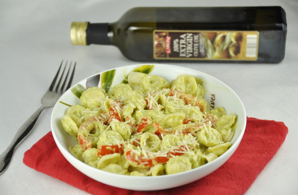 Red Pepper Pasta with Avocado Cream Sauce -