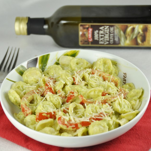 Red Pepper Pasta with Avocado Cream Sauce
