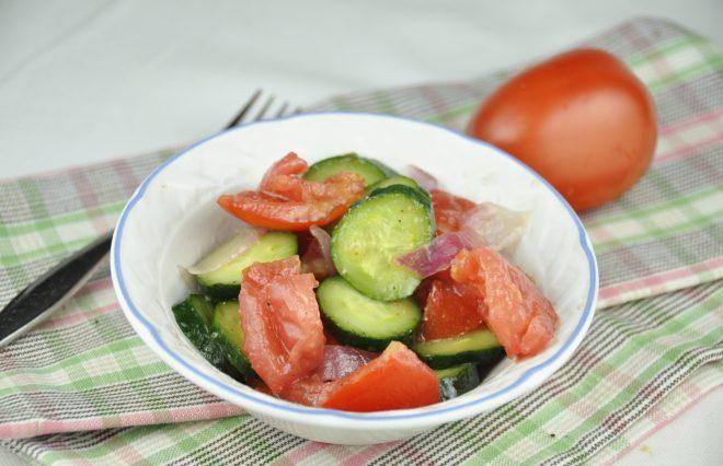 tomato onion and cucumber salad