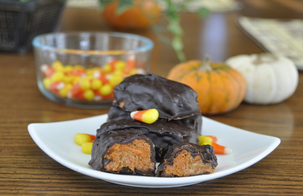 3 Ingredient Homemade Butterfingers.  Make your own candy for Halloween!