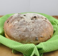 Irish Raisin Soda Bread Recipe