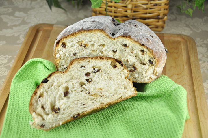 Irish Raisin Soda Bread recipe for March St. Patrick's Day.