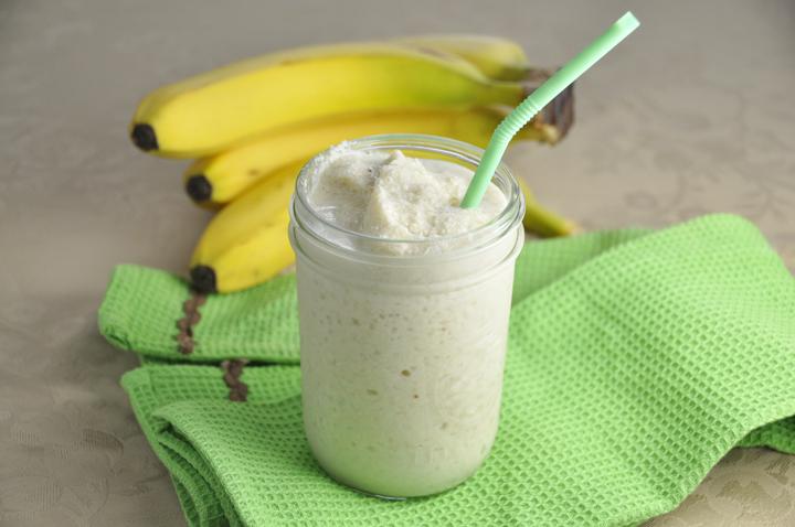 Banana Cashew Smoothie (Dairy Free)
