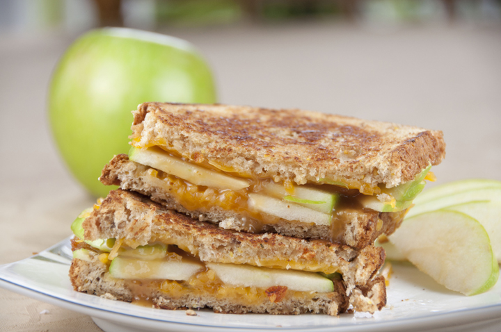 Caramel Apple Grilled Cheese Sandwich | Wishes and Dishes