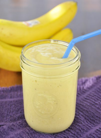 Banana-Mango Smoothie Recipe. Perfect for Summer and low calorie.