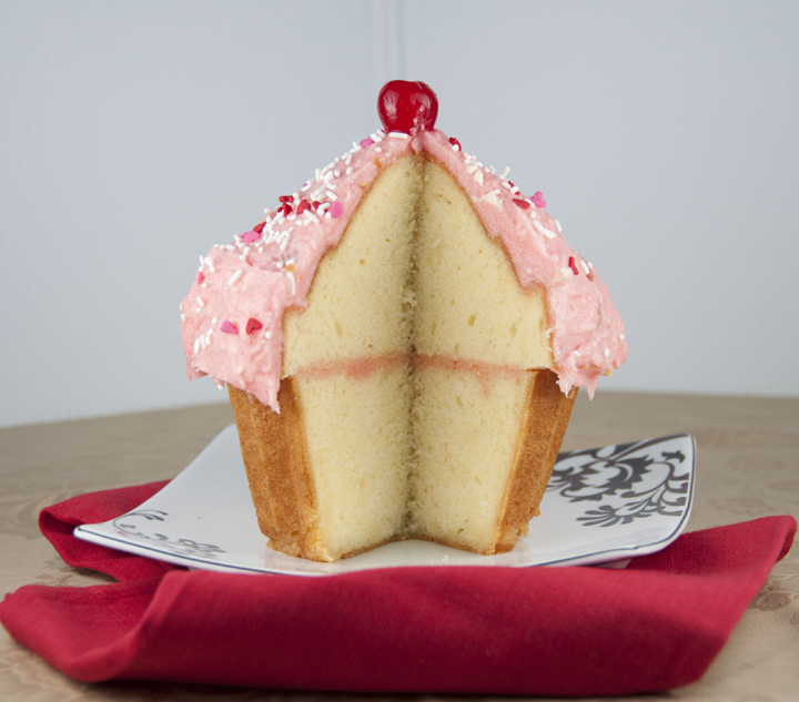 un Giant Cupcake Recipe made in the Wilton Pan