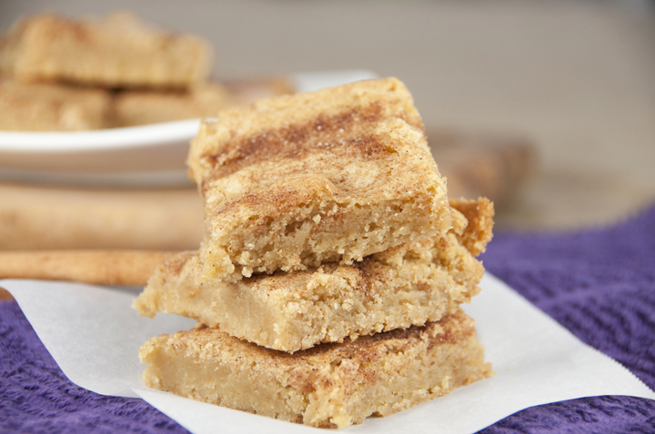 Snickerdoodle Blondies: traditional blondies recipe, but topped with a delicious cinnamon topping creating a snickerdoodle dessert that is a snap to make!