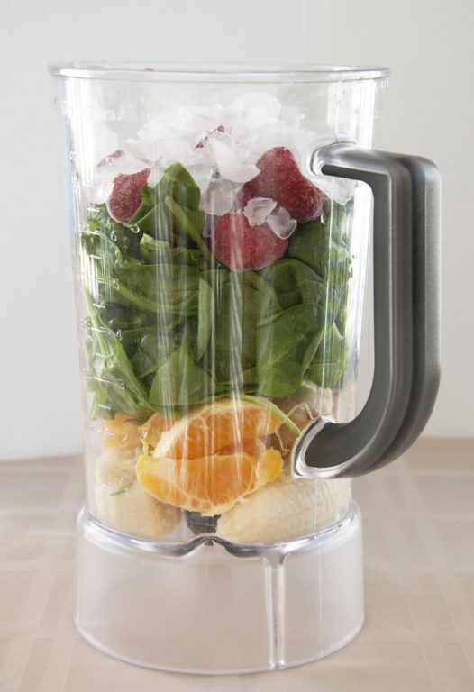 Green Smoothie + Kitchenaid Blender Review -