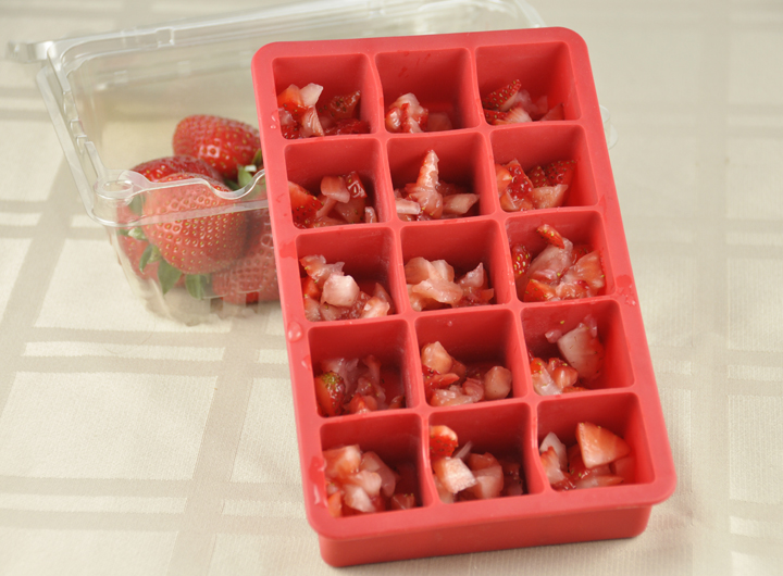Strawberry Ice Recipe to put in lemonade. Perfect for summer!
