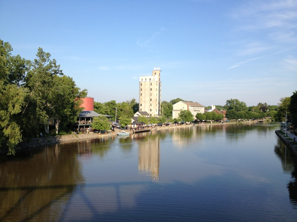 Aladdins Restaurant Erie Canal in Pittsford