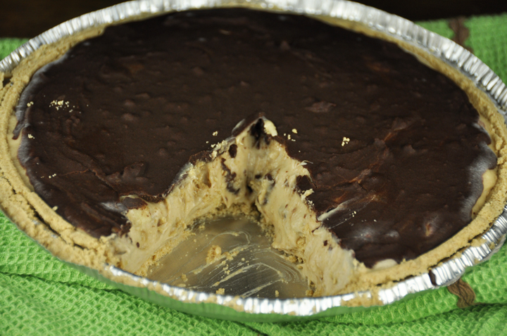 Chocolate Banana Peanut Butter Pie (2)