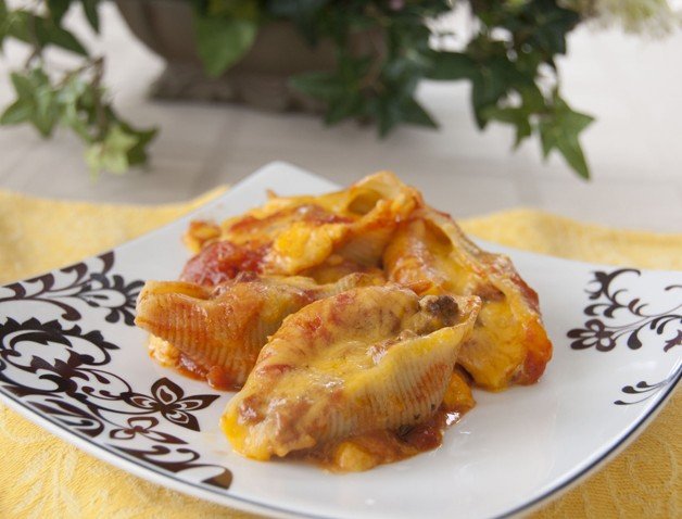 Taco Stuffed Shells Recipe. Mexican and Italian food combined!