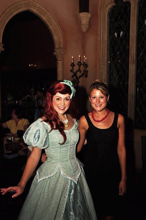 Meeting princess Ariel at Cinderella's Royal Table, Magic Kingdom (Review)