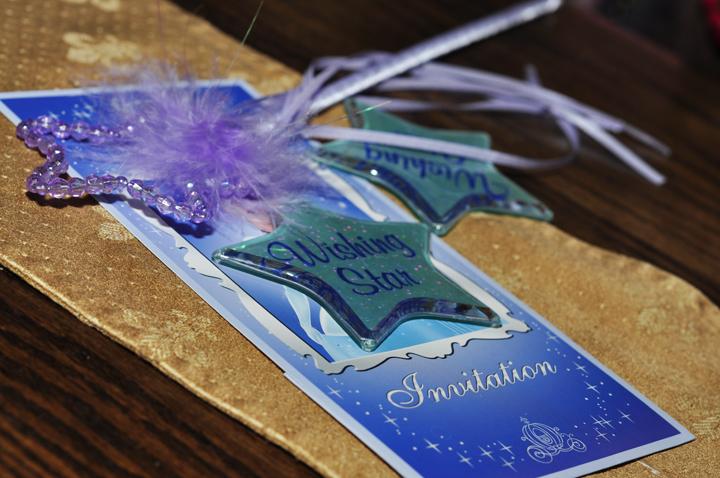 Wishing star at Cinderella's Royal Table, Magic Kingdom (Review)