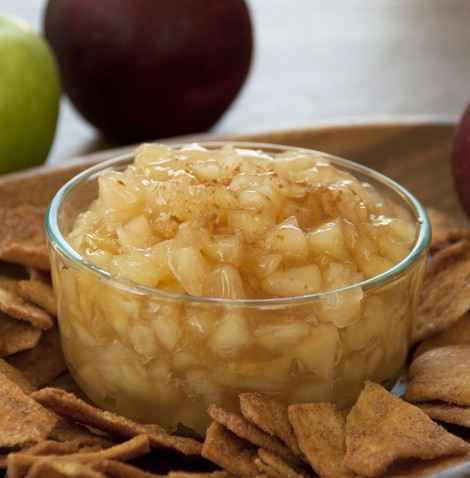 Fresh Apple Pie Dip Recipe made with fresh apples. Great for Thanksgiving dessert or side dish.