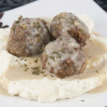 Meatballs with Creamy Beef Gravy
