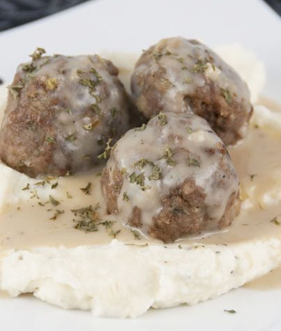 Meatballs with Creamy Beef Gravy Recipe