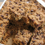 Dark Chocolate and Oatmeal Cookie Bars