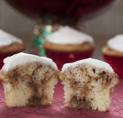 eat for holidays: Christmas, especially. BEST cupcakes and easy.