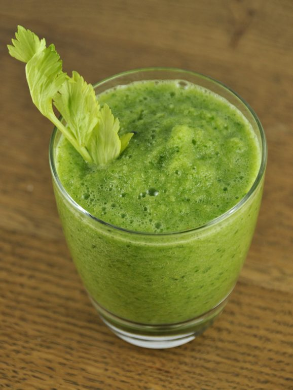 Green Juice In A Blender Without A Juicer