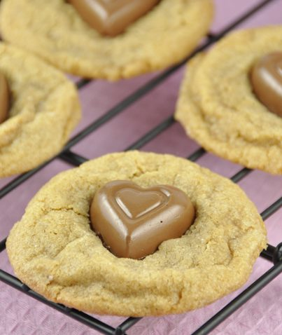 Chocolate Heart Biscoff Cookies Recipe for Valentine's day. Made with Dove chocolates or Hershey's heart shaped chocolates.