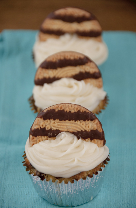 Keebler Fudge Stripe Cookie Cupcake Recipe Wishesndishes