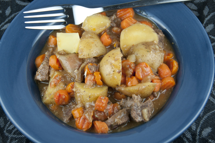 Guinness Irish Beef Stew Recipe for St. Patrick's Day www.wishesndishes.com