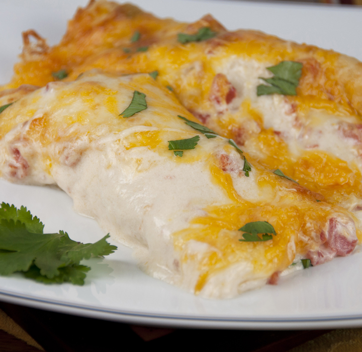 Sour cream chicken enchiladas the best cheesy sour cream chicken enchiladas recipe that are great for mexican food night forumfinder