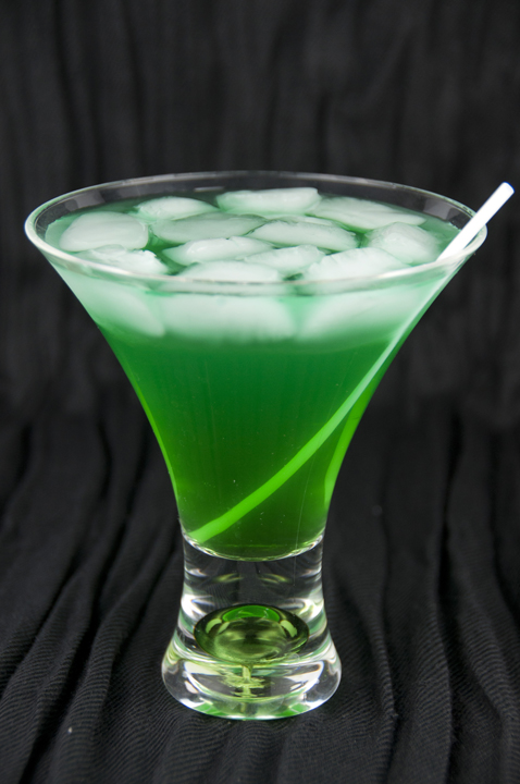 Tropical Leprechaun Green Alcoholic Drink Recipe for St. Patrick's Day