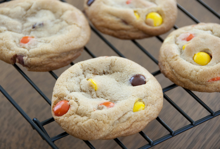 Soft Baked Reese's Pieces Cookie Recipe.  No mixer required and easy dessert!