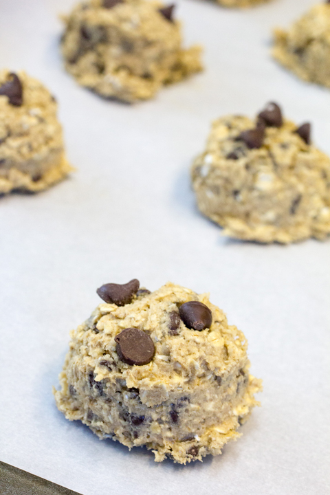 Simple recipe for soft, chewy oatmeal chocolate chip cookies creates a moist and flavorful dessert.