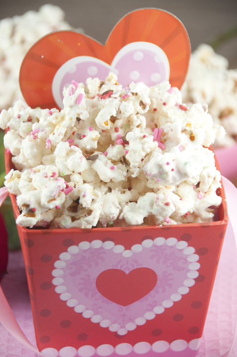 Sugar Cookie Popcorn is the perfect Valentine's Day dessert, movie night snack, birthday party favor or gift for your love.
