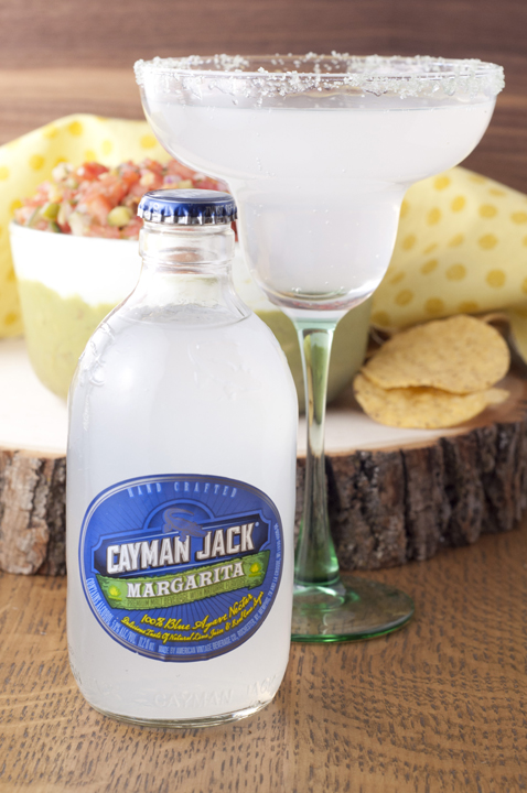 Review of Cayman Jack hand-crafted margarita made from organic and all-natural ingredients.