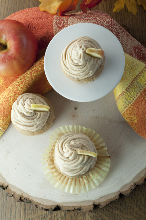Homemade Apple Cider Cupcakes recipe with creamy Brown Sugar Cinnamon Buttercream Frosting for a great Thanksgiving or Christmas dessert.