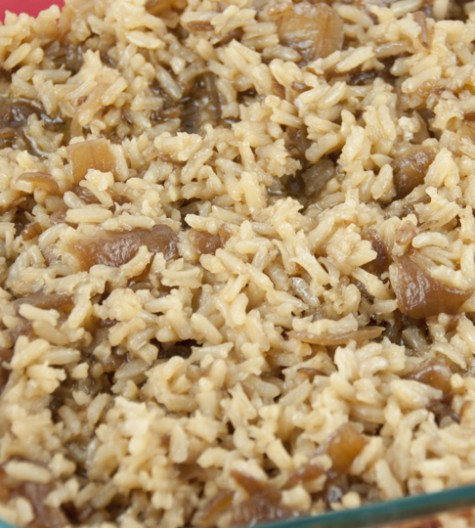 French Onion Soup Rice takes only four ingredients to make and tastes delicious as a side dish.