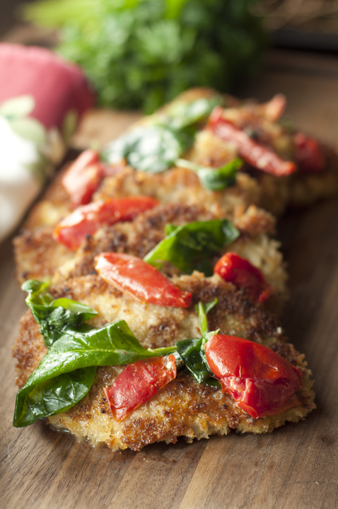 Italian Pork Cutlet Florentine recipe is such a simple way to mix up your dinner routine!  Juicy, boneless breaded pork chops combine with many different flavors for the perfect meal.
