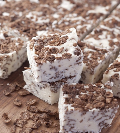 Make and share this White Chocolate Cocoa Pebbles Fudge dessert recipe with friends and family for an easy Christmas treat. It makes a great gift to give away for the holidays but you will want to keep it all for yourself!