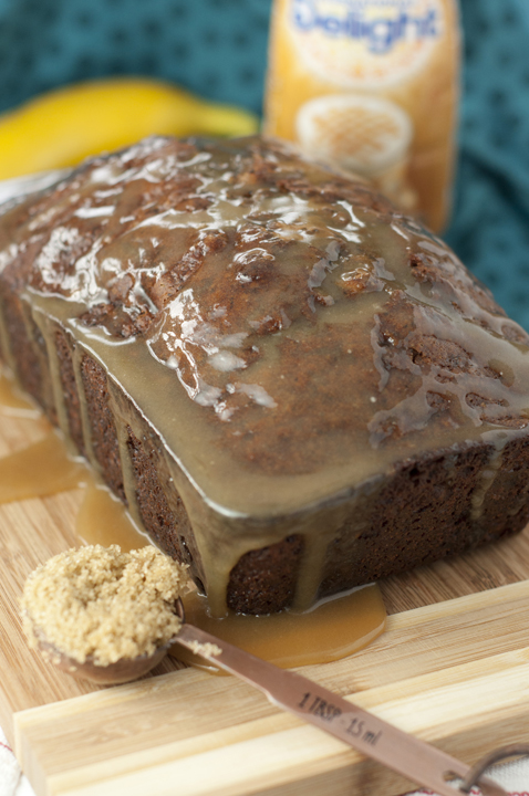 Caramel Macchiato Banana Bread recipes makes for the perfect breakfast, snack brunch or dessert. The sweet banana bread and coffee-flavored caramel glaze makes this to die for!