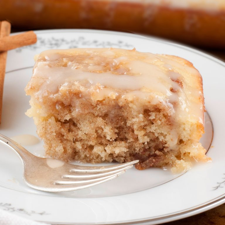 Cinnamon Roll Cake recipe is perfect for Easter and Mother's day dessert or brunch!