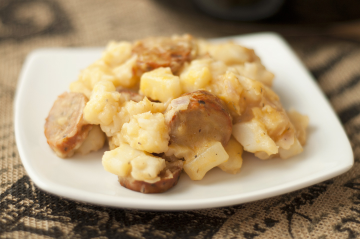 Slow Cooker or Crock Pot Cheesy Chicken Sausage Hash Brown Casserole recipe takes 10 minutes to make, is easy and super delicious! Perfect for breakfast, brunch, or pot luck!