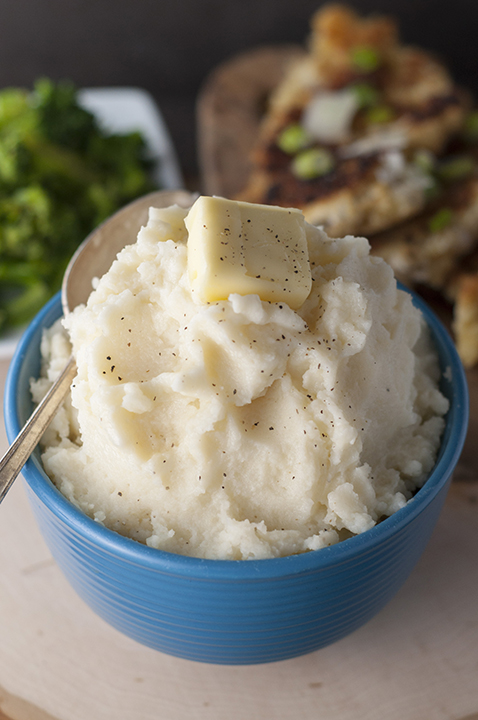 Idahoan Signature Russets Mashed Potatoes are perfect as a side dish to any main course. They are so buttery and creamy!