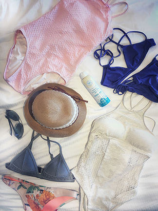On this edition of Friday Faves: Favorite Swimwear! Here I will talk about the latest swimwear styles that I am loving lately as well as a couple of other beach essentials.