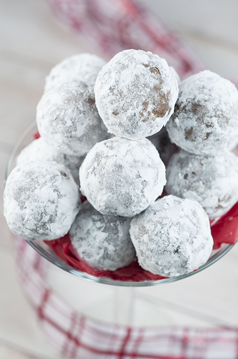 Easy Christmas Rum Balls are sweet, dense, and the perfect addition to your holiday dessert trays! This traditional recipe will have all of the adults asking for the recipe!