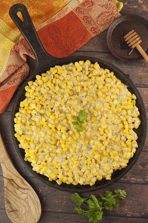 Honey Butter Creamy Skillet Corn recipe will be the most popular dish at Thanksgiving and Christmas! You can also make this for an easy weeknight side dish!